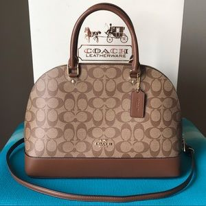 ✅New With Tags Coach Purse✅